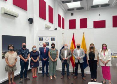 Antonio Morales recibe a la Federación de las Zonas Comerciales Abiertas de Gran Canarias